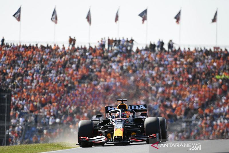 Verstappen kembali ke puncak berkat kemenangan di Zandvoort