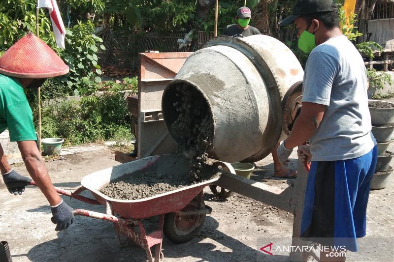 Program infrastruktur padat karya di Bantul gerakkan ekonomi lokal
