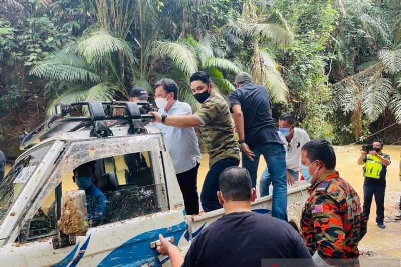 Jasad TKI yang hanyut di Sabah Malaysia ditemukan tertimbun pasir