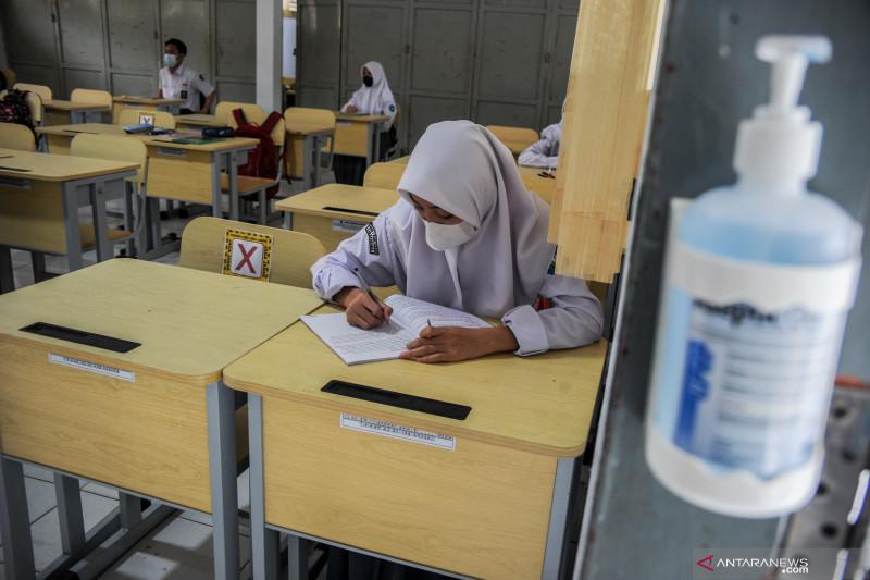 Disdik: Tidak ada klaster penularan COVID-19 di sekolah di Jawa Barat
