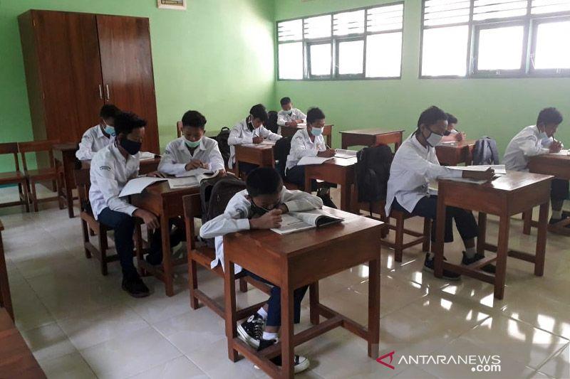 Butuh persiapan matang, Gunung Kidul-DIY tak tergesa-gesa lakukan PTM