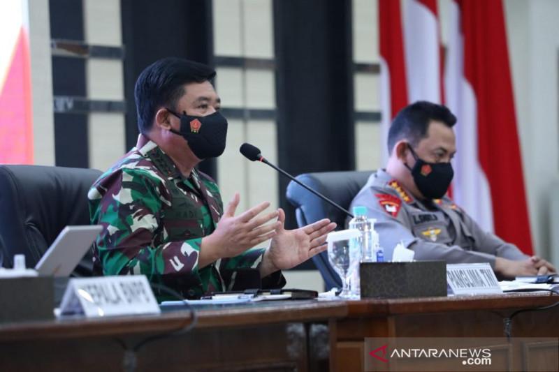 Panglima TNI ingatkan jangan lengah terhadap penurunan kasus COVID-19