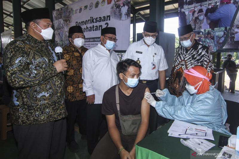 Capaian vaksinasi di enam kelurahan DKI di atas 80 persen