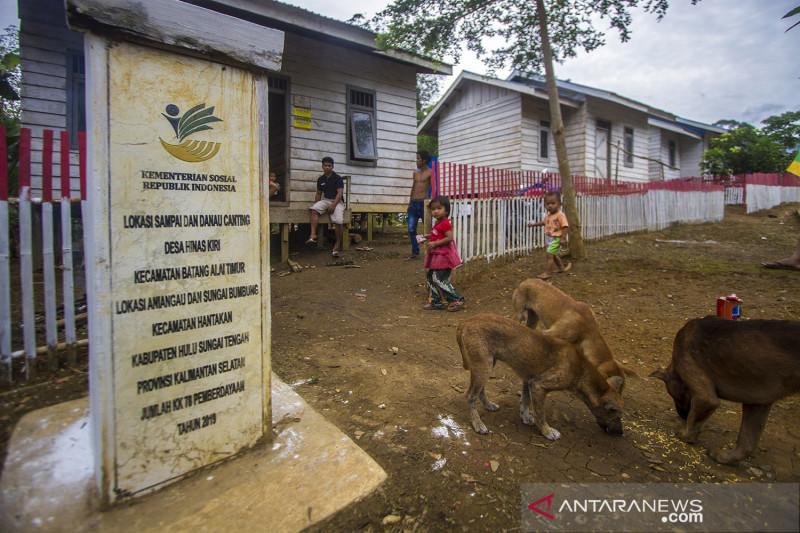 Bantuan untuk komunitas adat terpencil di Kalimatan Selatan