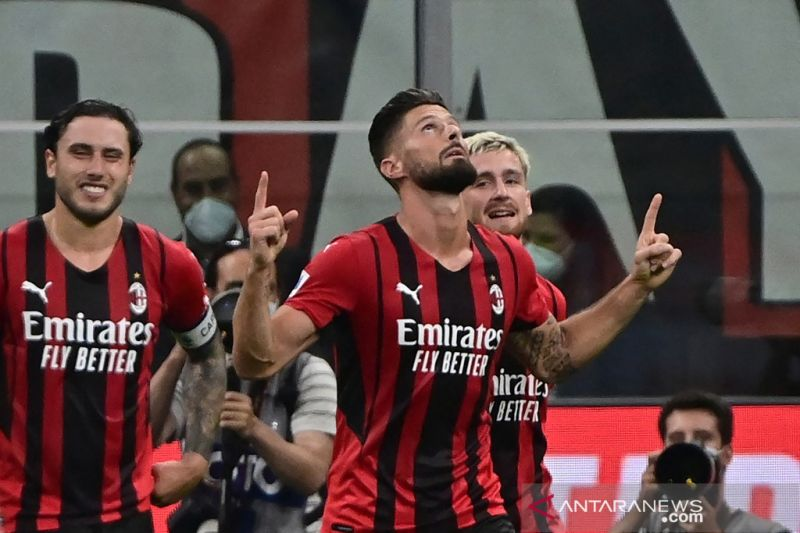 Franco Baresi yakin Olivier Giroud akan berkontribusi untuk AC Milan