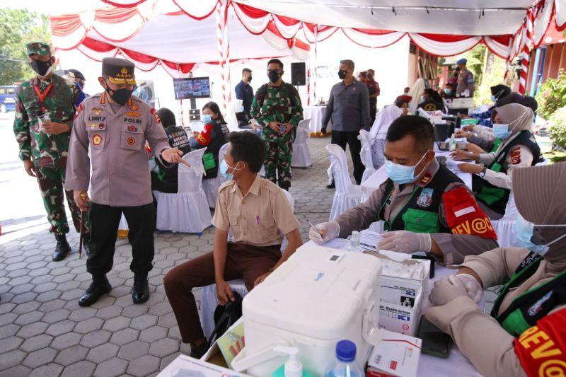 Kapolri minta Pemprov NTB mempercepat vaksinasi nasional