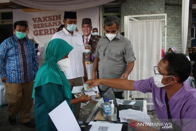 Ahmad Muzani: Parpol punya tanggung jawab jamin vaksinasi COVID-19