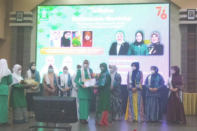 Menaker apresiasi para Wanita Inspiratif 2021 versi Fatayat NU Kalsel