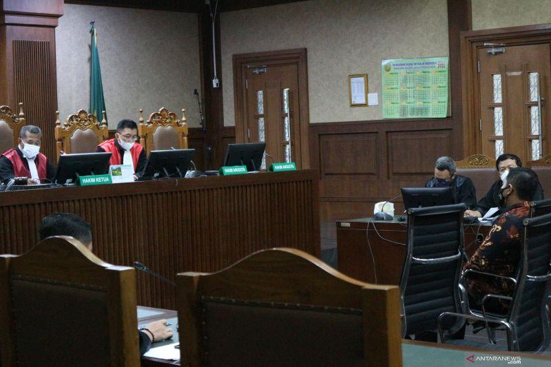 Azis Syamsudin beri Rp3,613 miliar ke penyidik KPK demi urus kasus