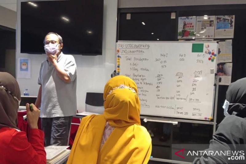 Pekerja Indonesia di Hong Kong mulai ikuti kelas tatap muka Paket C