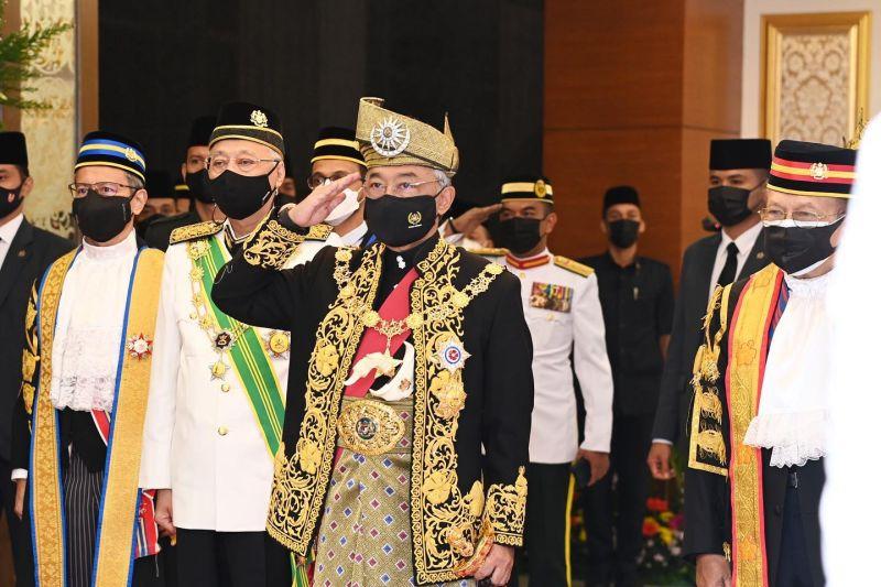 Raja Malaysia pimpin sidang parlemen pertama era Ismail Sabri