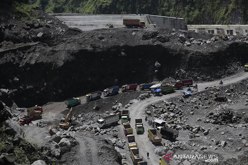 Sultan HB X: Tambang pasir ilegal lereng Merapi tidak pro-lingkungan