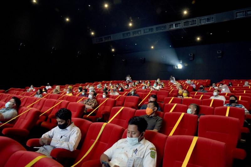 antarafoto protokol kesehatan bioskop pekanbaru 310321 fba 4