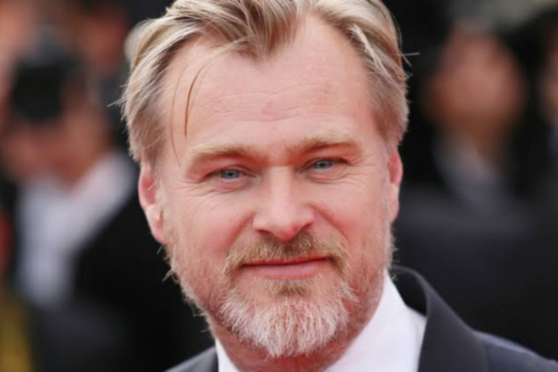 Christopher Nolan gandeng Universal siapkan film pembuat bom atom
