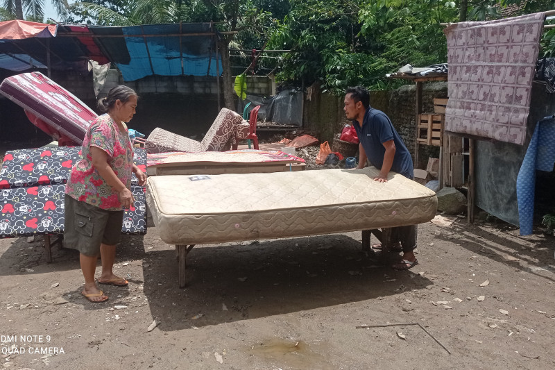 Banjir di lima kecamatan di Lebak mulai surut