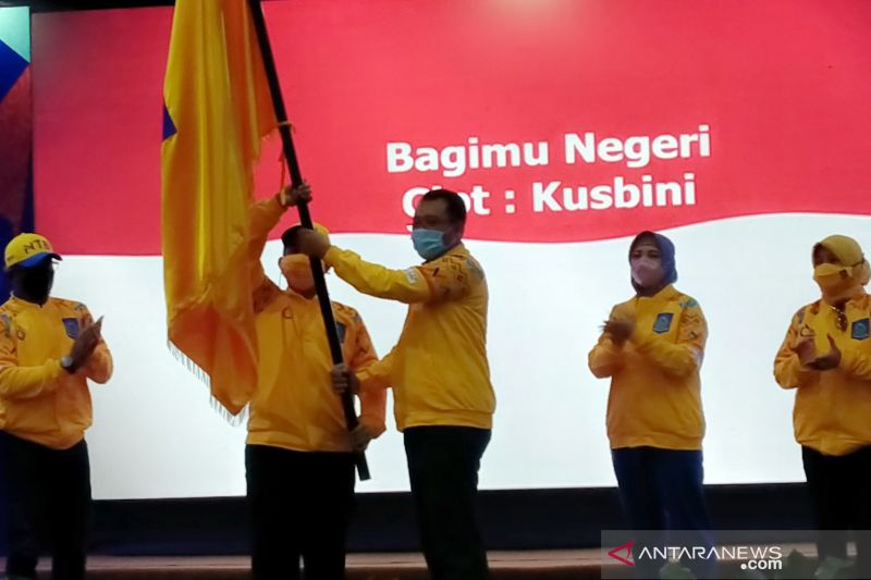 Gubernur Zulkieflimansyah lepas kontingen PON NTB ke Papua