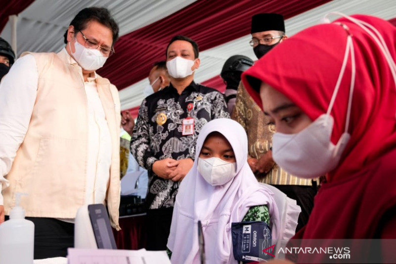 Airlangga Hartarto: Pemerintah terus upayakan percepatan vaksinasi