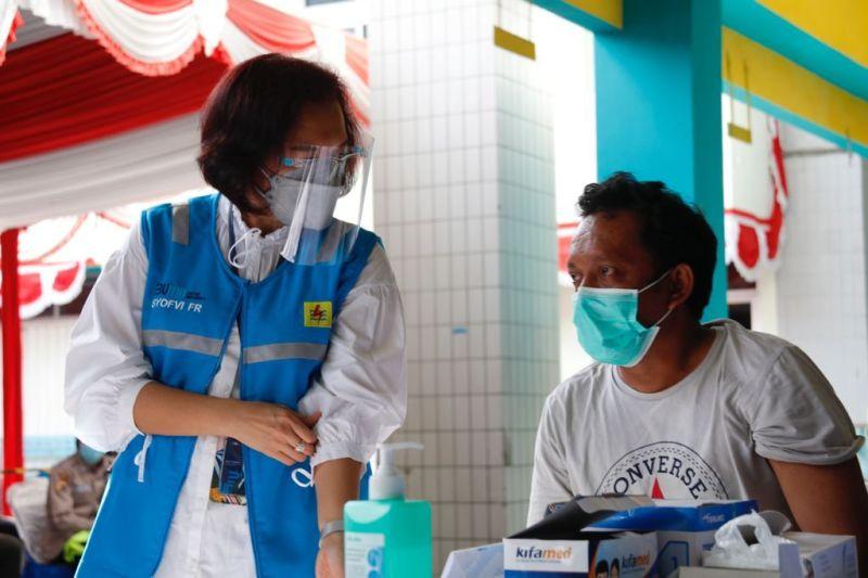 PLN vaksinasi 1.574 petugas untuk keamanan kelistrikan PON XX Papua