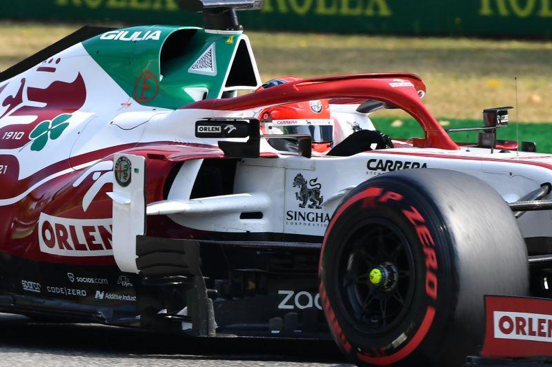 Bangku Alfa Romeo mungkin terbuka untuk pebalap China pertama di F1