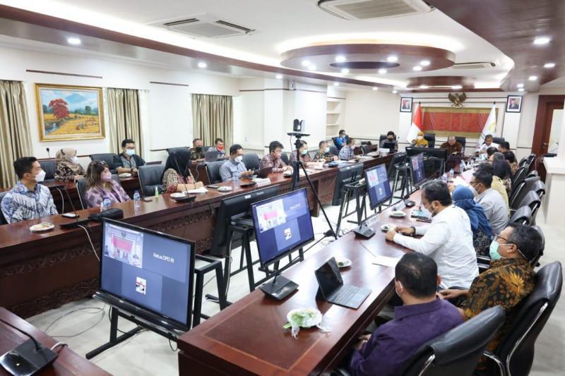 Bahas Pelindo III, Ketua DPD RI ingatkan pesan dan target Presiden