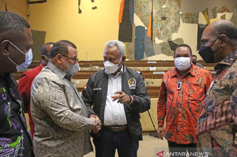 Anggota DPR Komarudin Watubun apresiasi sikap proaktif pemda beri masukan RPP Otsus