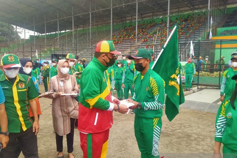 Wali kota lepas 89 atlet Medan menuju PON Papua