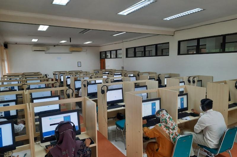 Pusat Bahasa Unand buat studi pelacakan jejak alumni di mancanegara