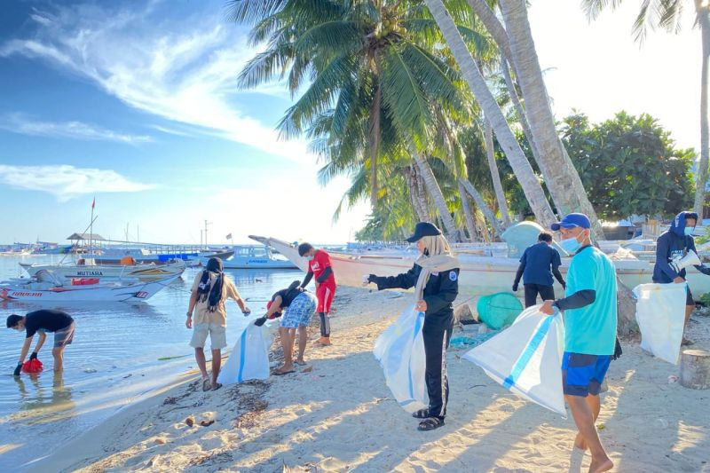 Aksi bersih-bersih peringati WCD dipusatkan di Kepulauan Pangkep