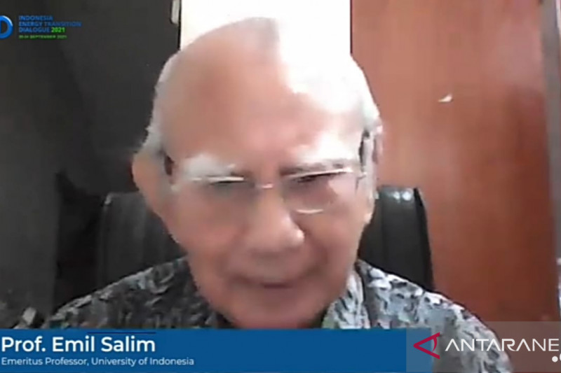 Emil Salim: Perlu generasi yang kuasai teknologi berwawasan lingkungan