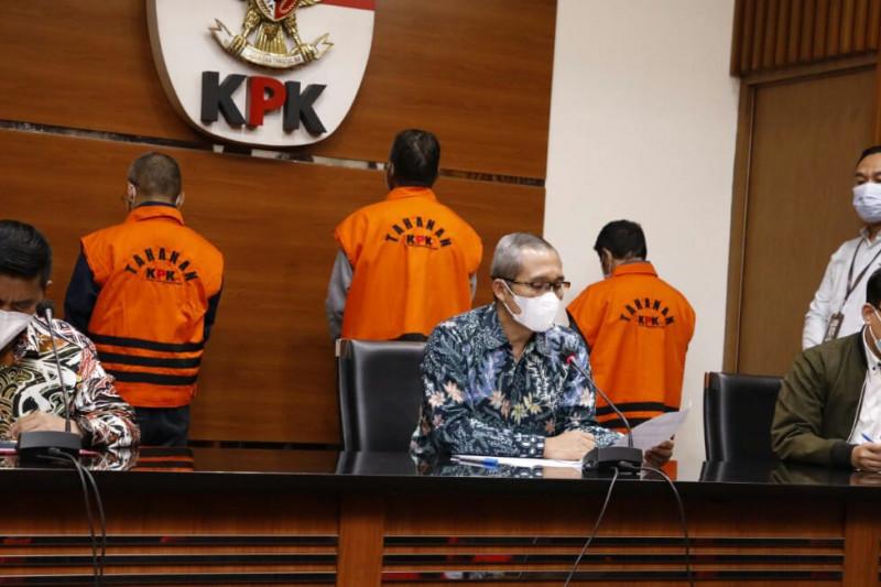 KPK amankan uang-dokumen dari rumah dinas Bupati Hulu Sungai Utara