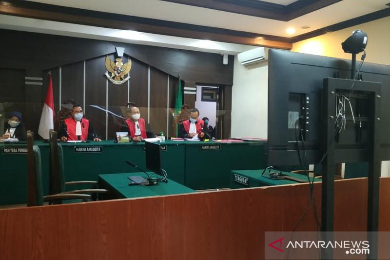 Empat kades terdakwa kasus narkoba jalani sidang perdana di PN Jember