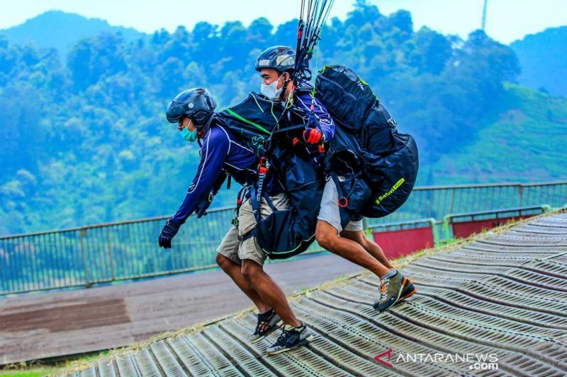 Tim paralayang Jabar andalkan Milawati Sirin curi emas PON Papua