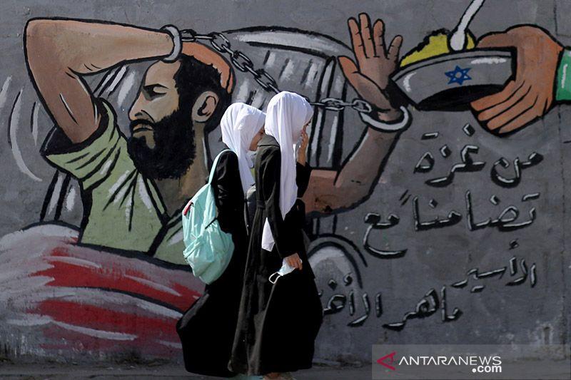 Enam tahanan Palestina di Israel lanjutkan mogok makan