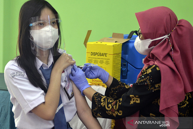 Airlangga: Vaksinasi Sumbar dan Lampung jadi perhatian Presiden Jokowi