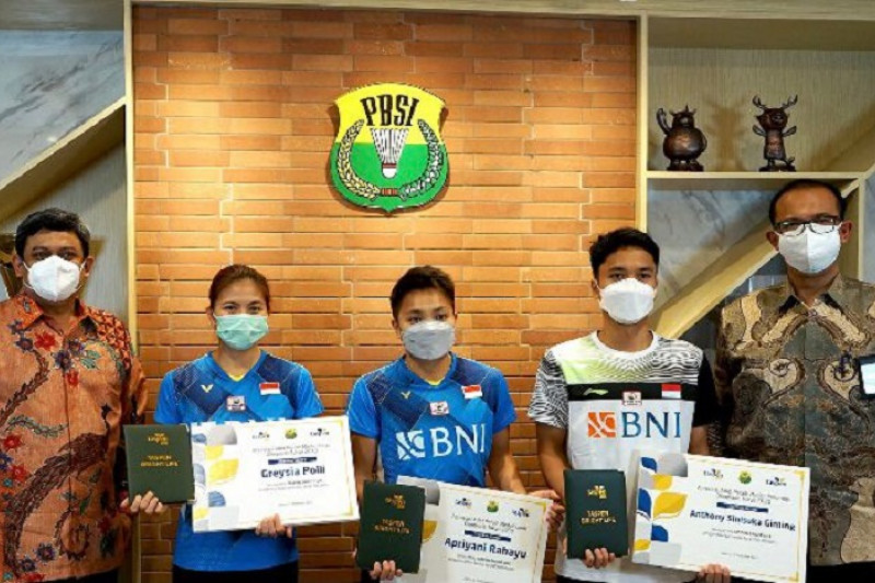 Taspen Grup beri polis asuransi kepada peraih medali Olimpiade Tokyo