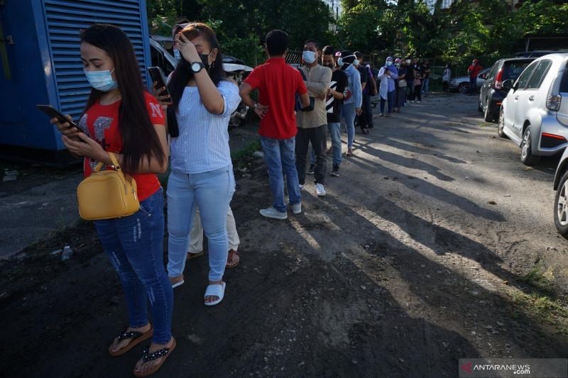 Pekerja migran Indonesia di Malaysia jalani vaksinasi COVID-19