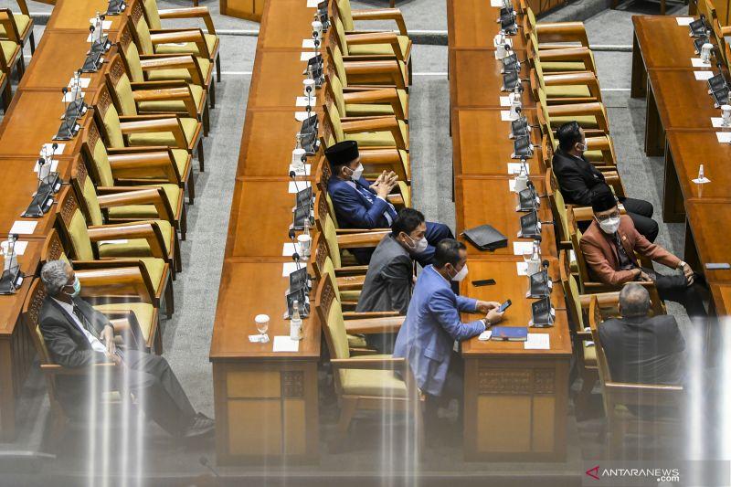 DPR RI sahkan tujuh calon hakim agung