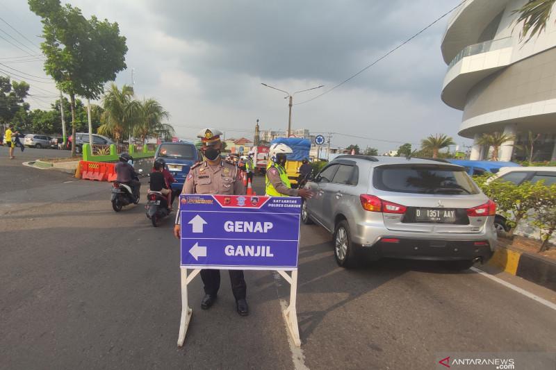 Ganjil genap jalur Puncak permanen untungkan pemulihan ekonomi Cianjur