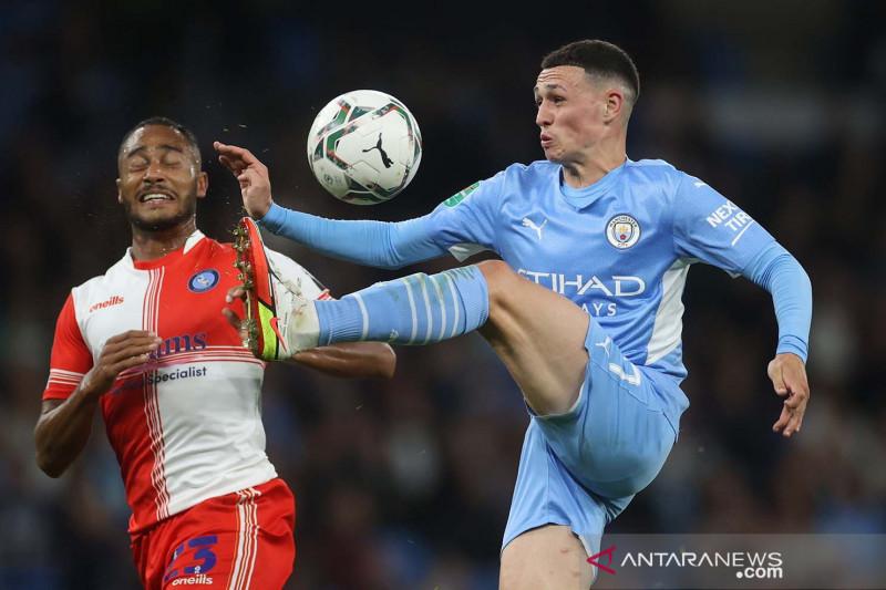 Banjir gol Manchester City kalahkan Wycombe Wanderers 6-1