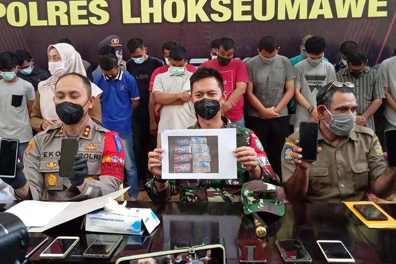 Polres Langsa menangkap delapan agen judi daring