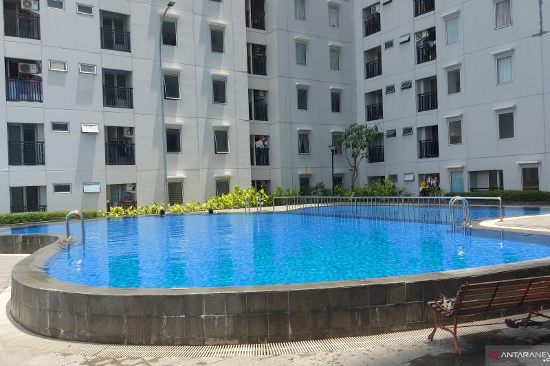 Orang tua berharap bisa ajak anak berenang di hotel