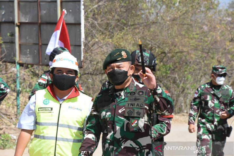 Pangkostrad: Prajurit  satgas pamtas jalankan tugas dengan baik