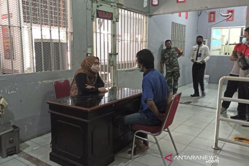 Tahanan Rutan Pekanbaru ditangkap petugas saat loncat pagar