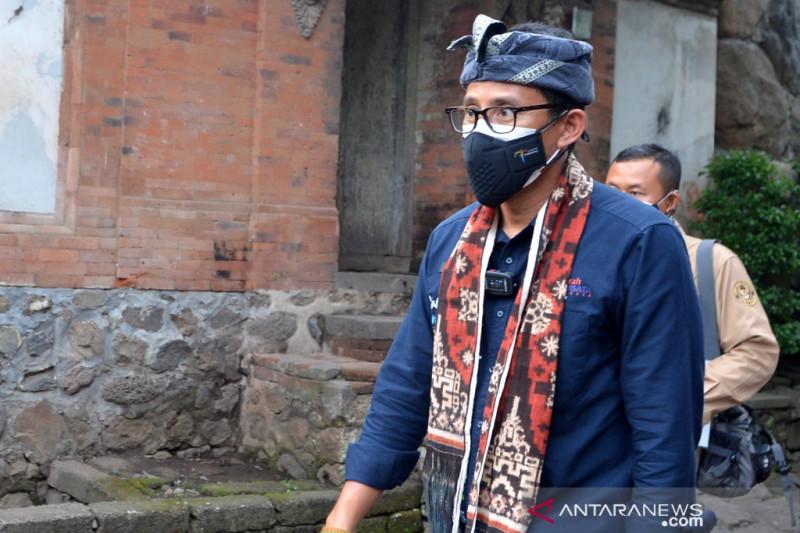 Menparekraf-Wagub Bali bahas kesiapan pembukaan pariwisata bagi wisman