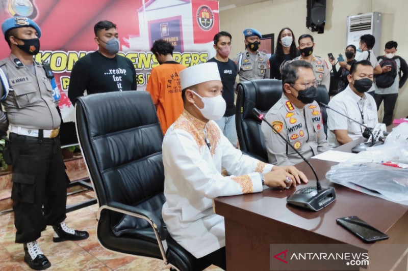 Ustadz Das'ad imbau tak terprovokasi insiden Masjid Raya Makassar