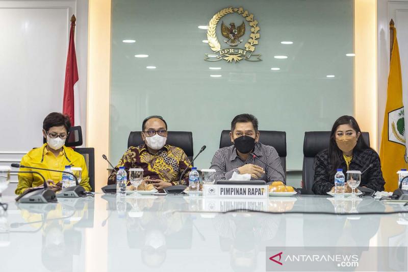 Partai Golkar menyatakan Azis Syamsuddin mundur sebagai Wakil Ketua DPR