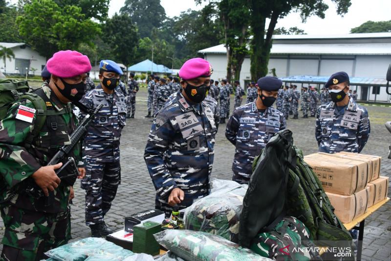 Lantamal Ambon mengirim 19 personel amankan pulau terluar di Maluku