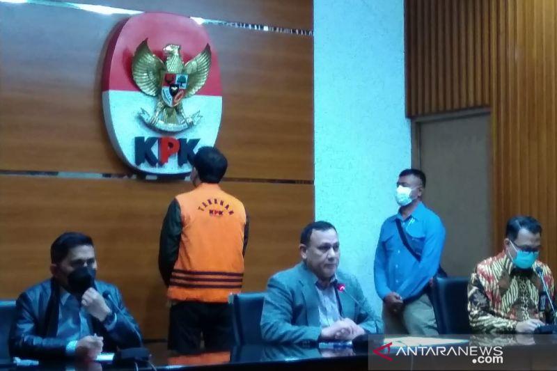 Azis Syamsuddin diduga suap eks penyidik Stepanus Robin Rp3,1 miliar