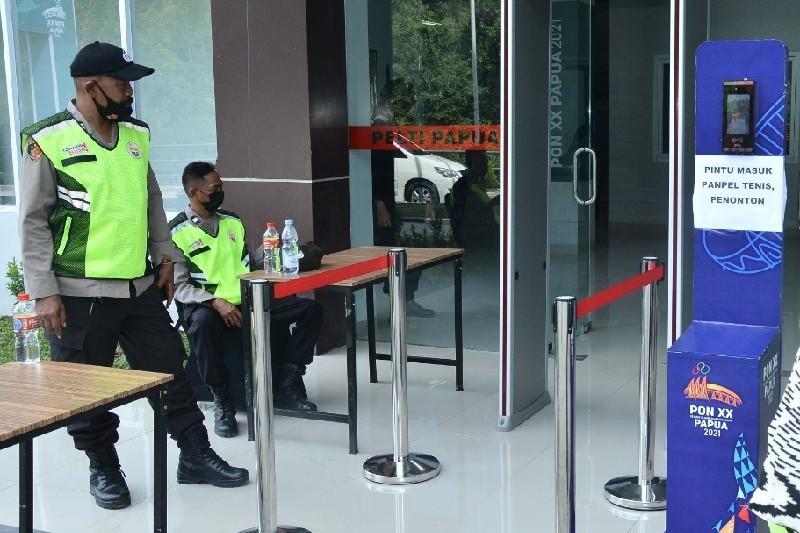 TNI-Polri amankan pertandingan tenis lapangan di Jayapura