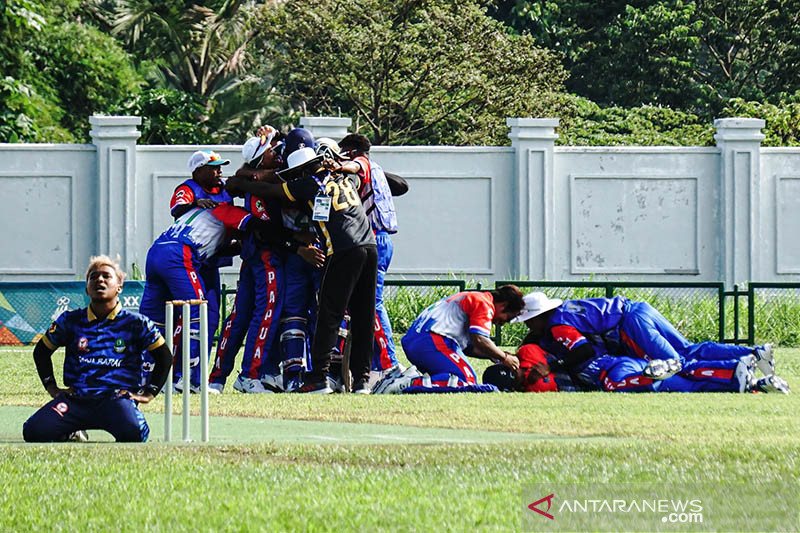 Gubernur Papua apresiasi kriket persembahkan emas perdana